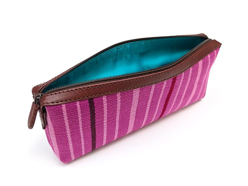 Handgemaakt lila handtasje uit Peru