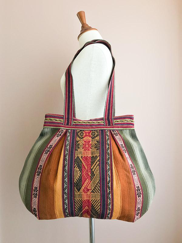 Handgemaakte schoudertas uit Peru