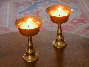 Set van twee boterlampen uit Tibet