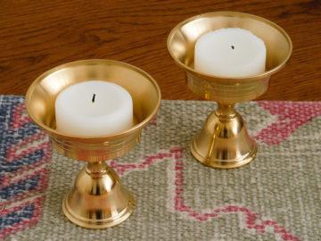 Set van twee boterlampjes uit Tibet